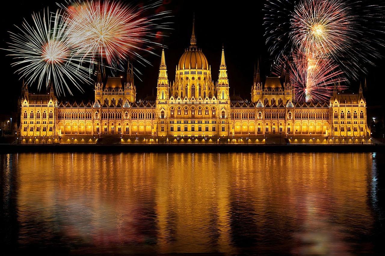 budapest-655216_1280